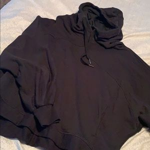 lululemon athletica Jackets & Coats - Black lululemon sweatshirt